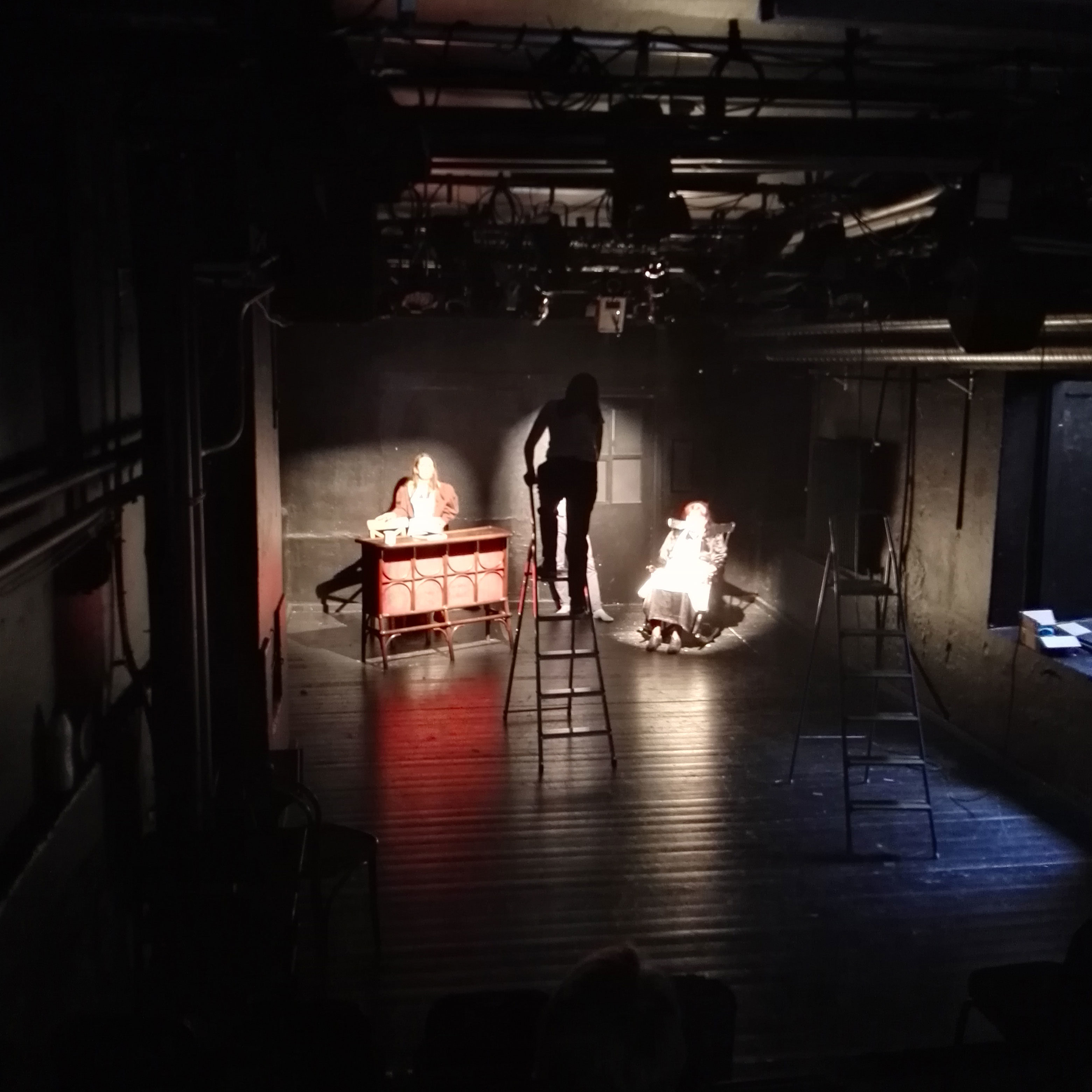 Directing lights 1st time